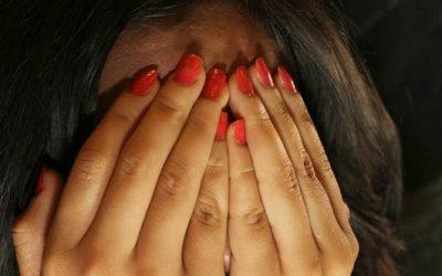Cosa si prova in un attacco di panico e come uscirne